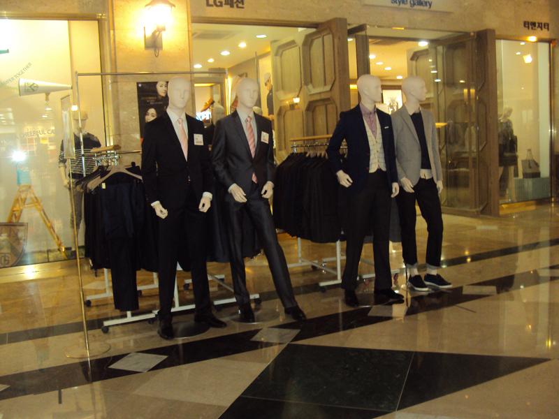 شراء ارقى الموديلات الرجالية واحدث وارقى البدل الرجالية المناسبة لجميع الاذواق