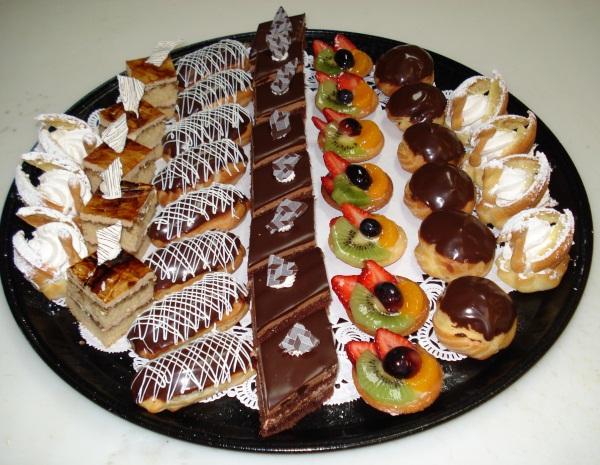 مواد لصناعة الحلويات الشرقية