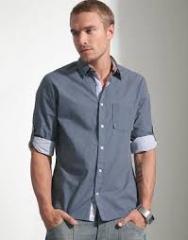 ملابس مصممة من اجود انواع الاقمشة وامتنها على
