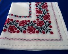 Embroidered tablecloth (PFA)