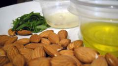 Oil of earth almond (chufy)
