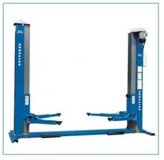 Two-stand electro-mechanical lift