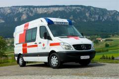 سيارات الطوارئ وسيارات الإسعاف