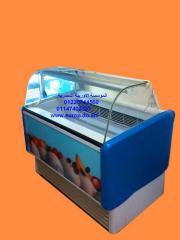 Ice cream holders