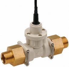 Fluid flow sensor