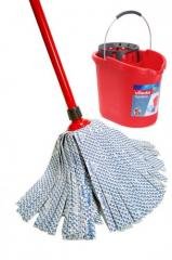 Tools for cleaning metal pipes