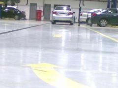 Flooring tile for garage