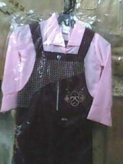 ملابس الزي المدرسي للاطفال
