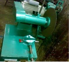 ماكينات تقطيع الحديد بالبلازما