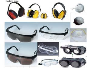 تشكيلة من النظارات التى تلائم جميع انواع