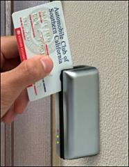 Magnetic-card reader