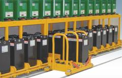 Equipment for additional traction batteries