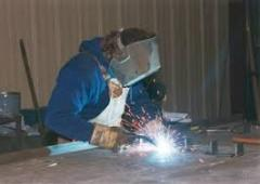 Power supplies for pulsed arc welding