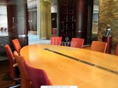 طاولات الاجتماعات