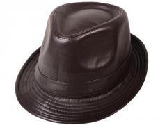 القبعات الجلد