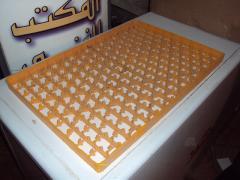 أطباق البيض من البلاستيك القابلة لإعادة الاستخدام