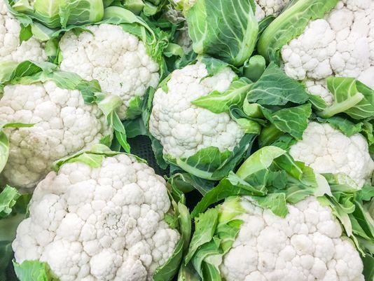 fresh_white_cauliflower_high_quality