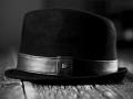 قبعات جلدية