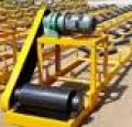 المعدات اللازمة لتحميل وتفريغ المستودع