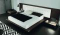 غرفة نوم عالية الجودة تتميز باشكالها والوانها المتعددة