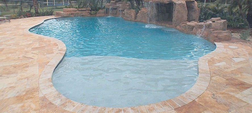 طلب حمامات سباحة