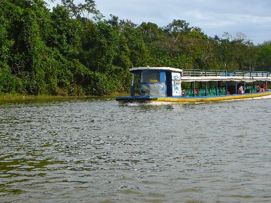 النقل بواسطة الأنهار