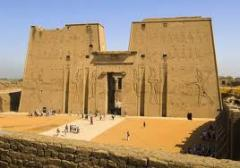 المذهل، والآثار الهائلة لمصر القديمة لم تفشل في