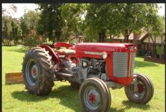 خدمات التركيب و الإصلاح و الصيانة للآلات و المعدّات الزراعية