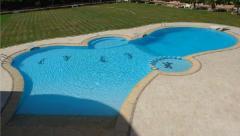 تصميم حمامات سباحة