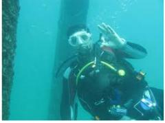 فحص خطوط الأنابيب تحت سطح البحر