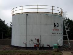 تركيب وصيانة الخزنات البترول