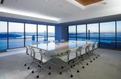 التصميم الداخلي لغرفة مجلس الإدارة